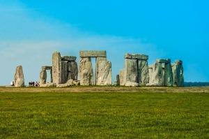 stonehenge-880010_640